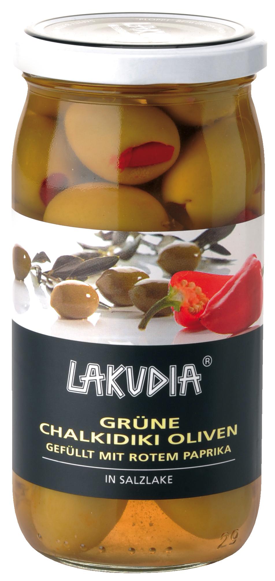 Grüne Chalkidiki Oliven gefüllt mit rotem Paprika